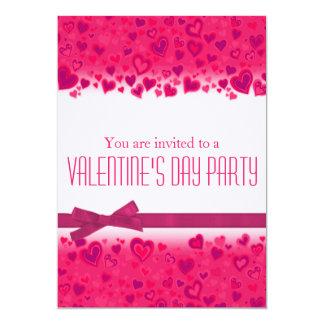 Valentin inbjudan för hjärtor för dagparty rosa