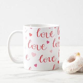 Valentin mönster för rosor för hjärtor för kaffemugg