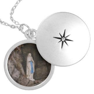 Välsignad mor halsband med rund berlock