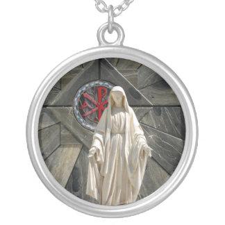 Välsignad mor halsband med rund hängsmycke