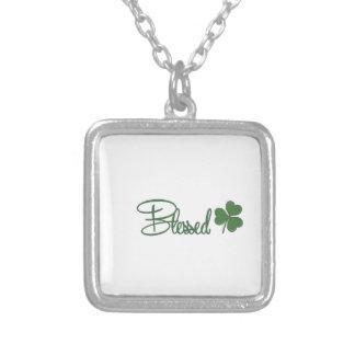 Välsignad Sts Patrick ☘ för dagdesign Silverpläterat Halsband