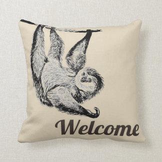 vänlig sloth för vintage - välkomnande kudde