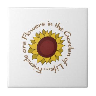 Vänner är blommor liten kakelplatta