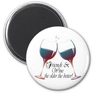 Vänner och vin, äldre den bättre roliga magneten magnet rund 5.7 cm