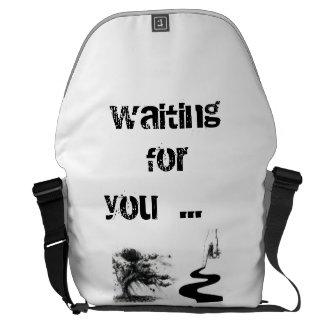 vänta dig kurir väskor