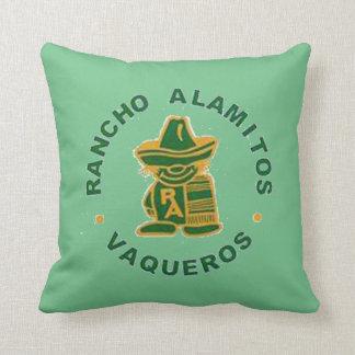 Vaqueros kudder med Poco, Alma Mater på baksida Kudde