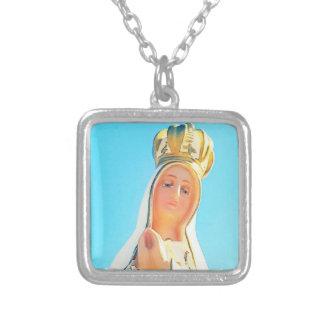 Vår dam av Fatima Silverpläterat Halsband