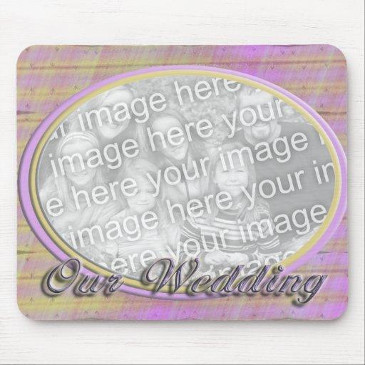 Vår ram för foto för brölloprosagult mus matta