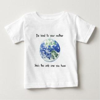 Var snäll till din morjord t-shirt