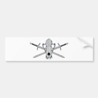 Vargskalle och svärd bildekal