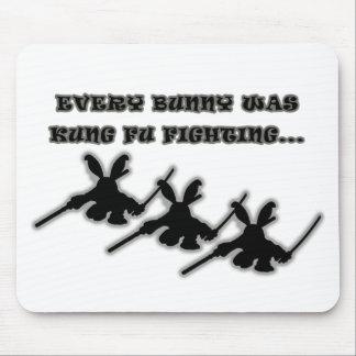 Varje kanin var kung fu som slåss… musmatta