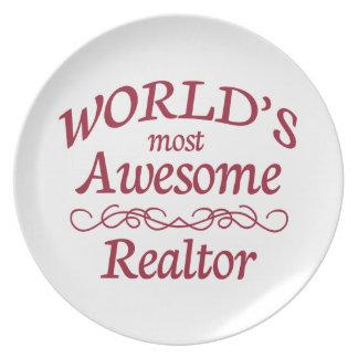 Världs mest enorma fastighetsmäklare tallrik