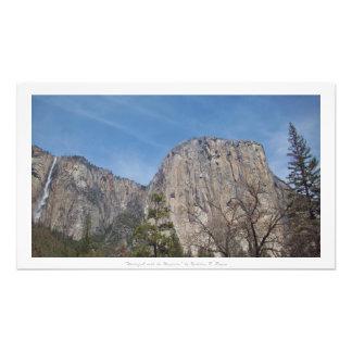 """""""Vattenfall med det majestätiskt,"""" Yosemite natur Fototryck"""
