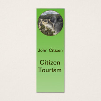 Vattenfall på grön lutning litet visitkort