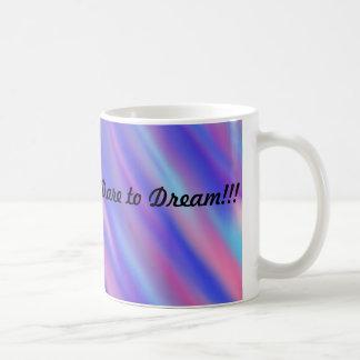 Vattenfärgdeppighetutmaning att drömma kaffemugg