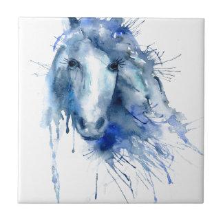 Vattenfärghästporträtt med målar splatteren liten kakelplatta