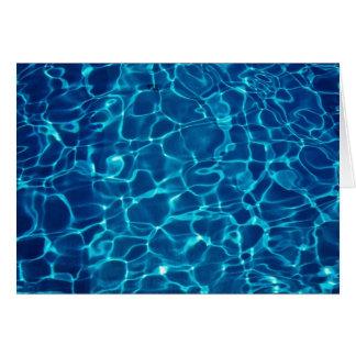 Vattenreflexion i simbassängen, abstrakt hälsningskort