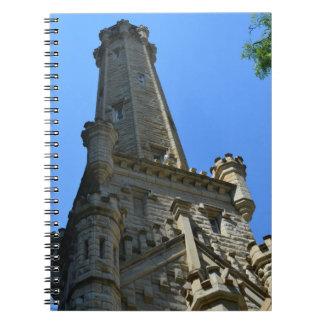 Vattentorn - i stadens centrum Chicago Anteckningsböcker