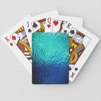 Vattenyta verkställer spel kort