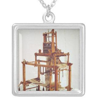 Vävstol som är designad vid Joseph Marie Jacquard Silverpläterat Halsband