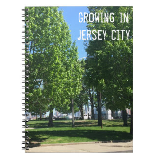 Växa i den Jersey City anteckningsboken Anteckningsbok Med Spiral