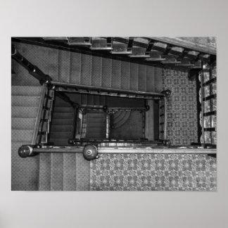 Växande Stairwellgråton Poster