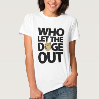 Vem l5At dogen ut [svarten] T-shirt