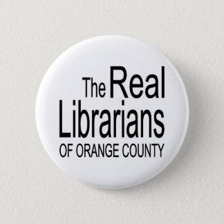Verkliga bibliotekarier standard knapp rund 5.7 cm