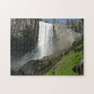 Vernal nedgångar mig i den Yosemite nationalparken Pussel