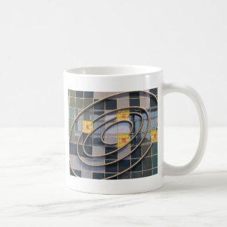 Vetenskap centrerar kaffemugg