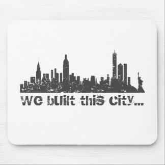 Vi byggde denna stad…, (New York) Musmatta