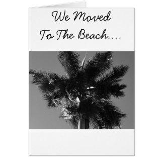 Vi flyttat till stranden hälsningskort