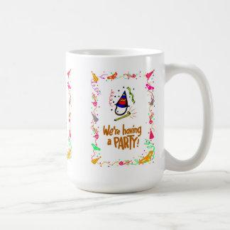 Vi har poppers för ett party, hatt- och party kaffemugg