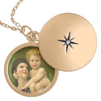 Victorianmor och baby halsband med rund berlock