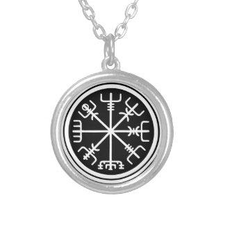 Viking Vegvisir nautisk kompass Silverpläterat Halsband