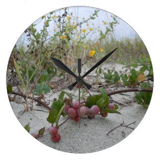 Vildbär på stranden stor klocka