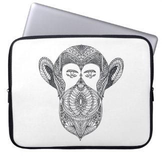 Vildbeast av skogklottret laptop sleeve