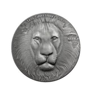 VILDSAKER: Pläterar lejona dekorativa för silver Porslinstallrik
