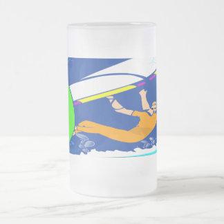 Vindsurfa Frostat Ölglas