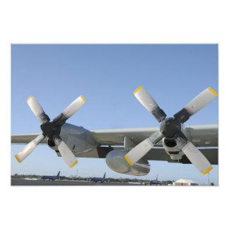 Vingar av en LC-130 Hercules Fototryck