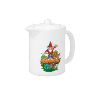Vinka Gnome på en teakruka. jpg