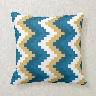 vinka mönster med olika färger kudde
