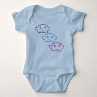 Vinkel begynna ranka för dröm- molnvänner tee shirts