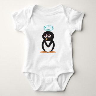 Vinkel-Pingvin (vit) Tshirts