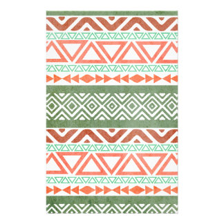 Vintage bedrövat rött grönt stam- Aztec mönster Brevpapper