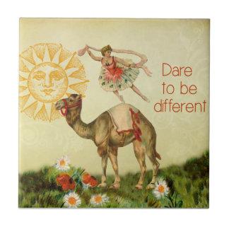 VintageBallerina, blommor och kamelCollage Liten Kakelplatta
