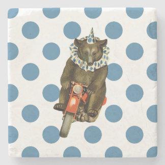 Vintagecirkusbjörn på blåttpolka dots stenunderlägg