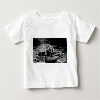 Vintagefiskeboat. Tee Shirt