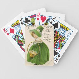 Vintageflicka med grön hattklänningst patrick's spelkort