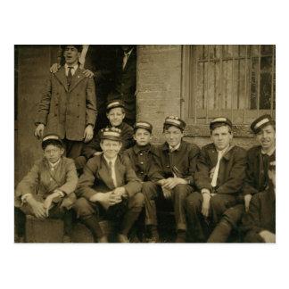 Vintagefoto av New York leveranspojkar Vykort
